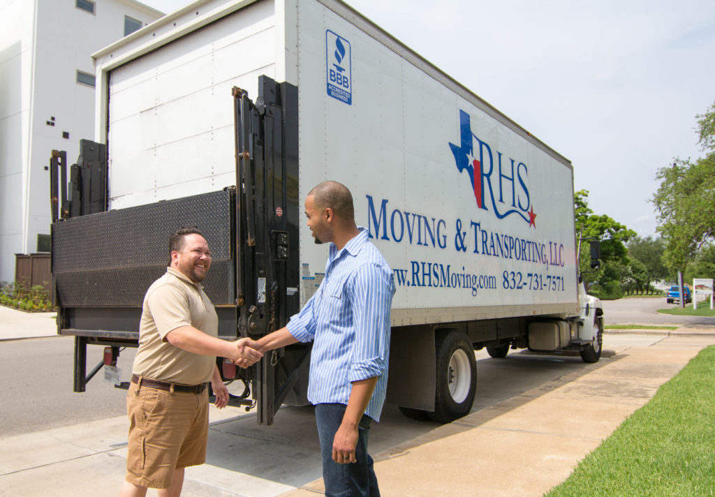 movers in Angleton